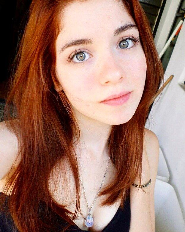 redhead with amazing eyes (/r/DemEyesDoe)