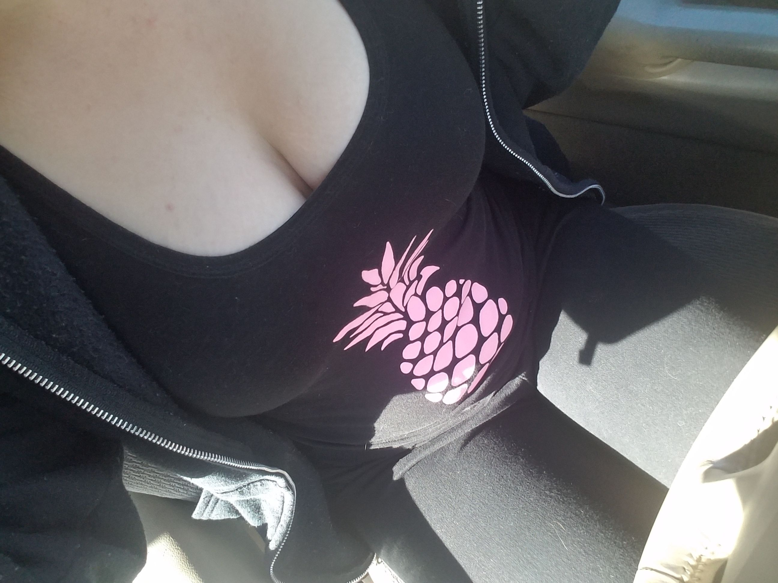 Sometimes you just feel like wearing all black and a pineapple.