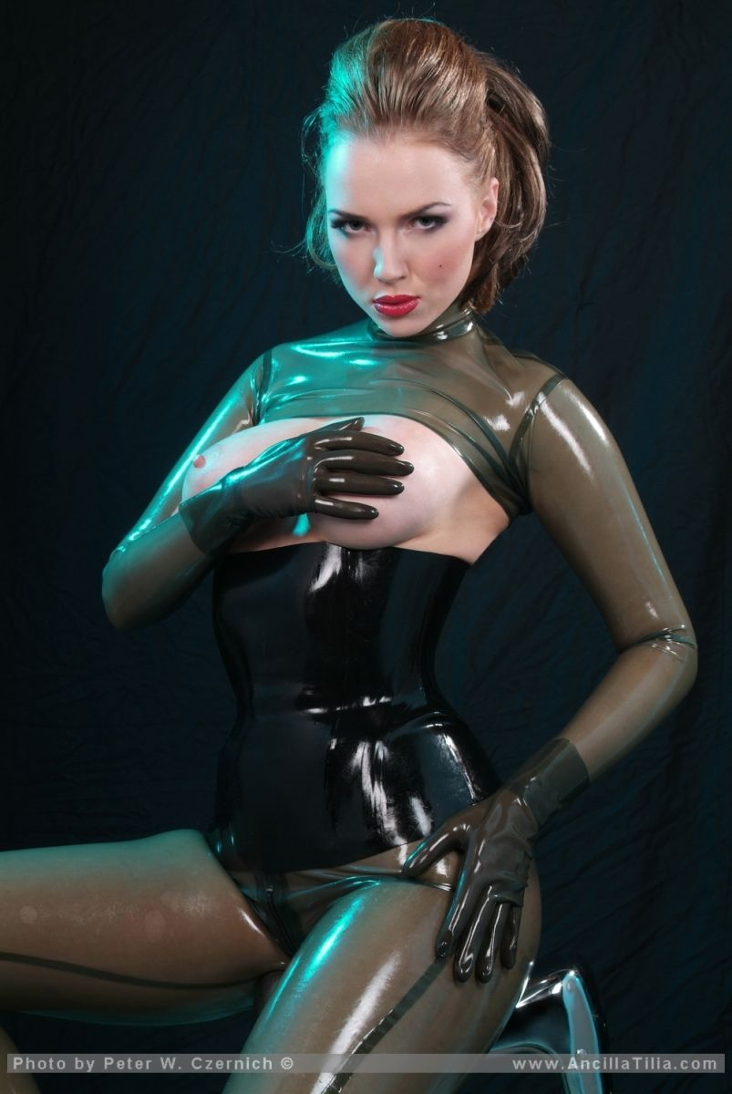 Green Latex Vamp