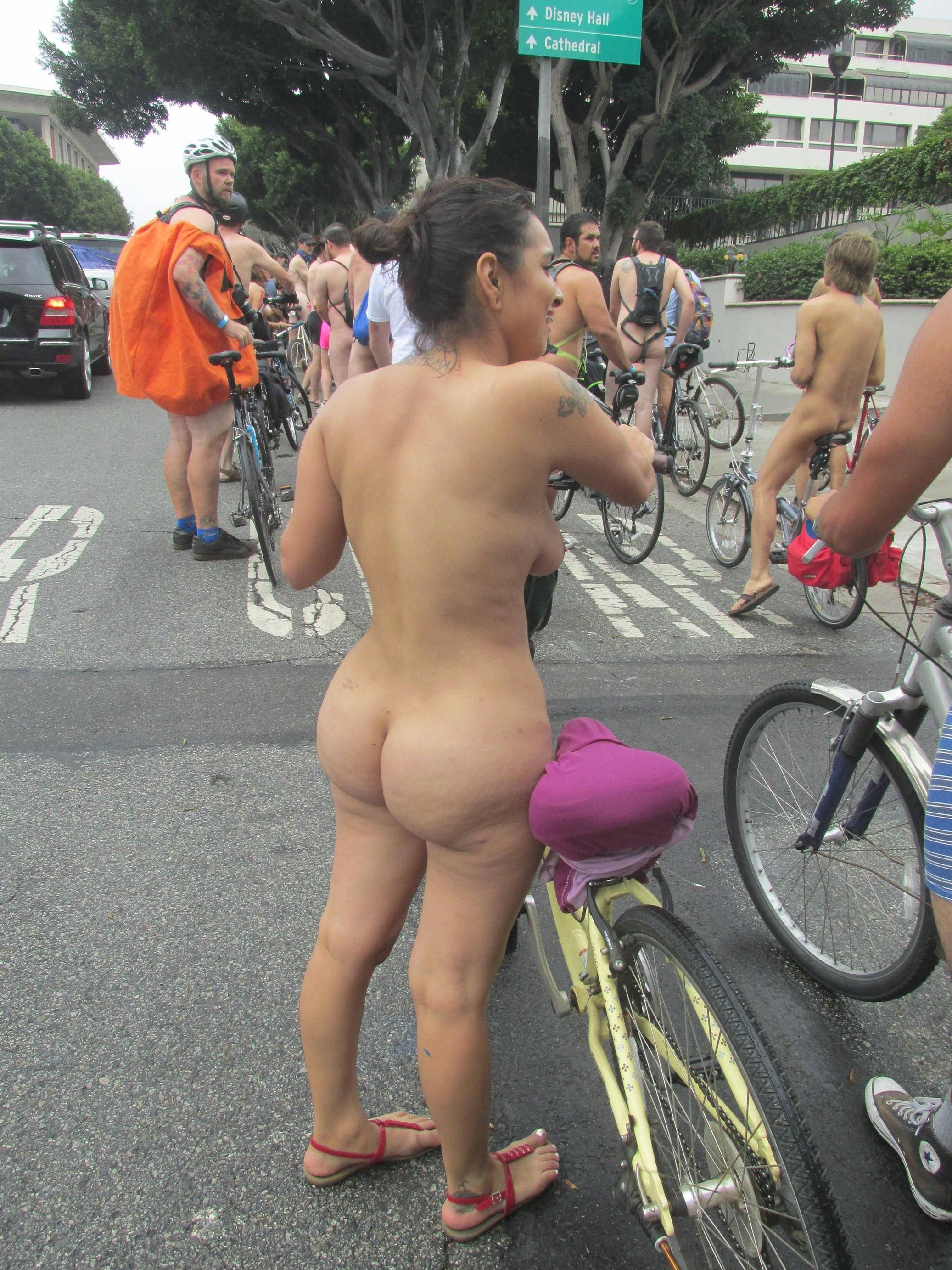 [Curvy Amateurs] thick latina at WNBR SF last weekend