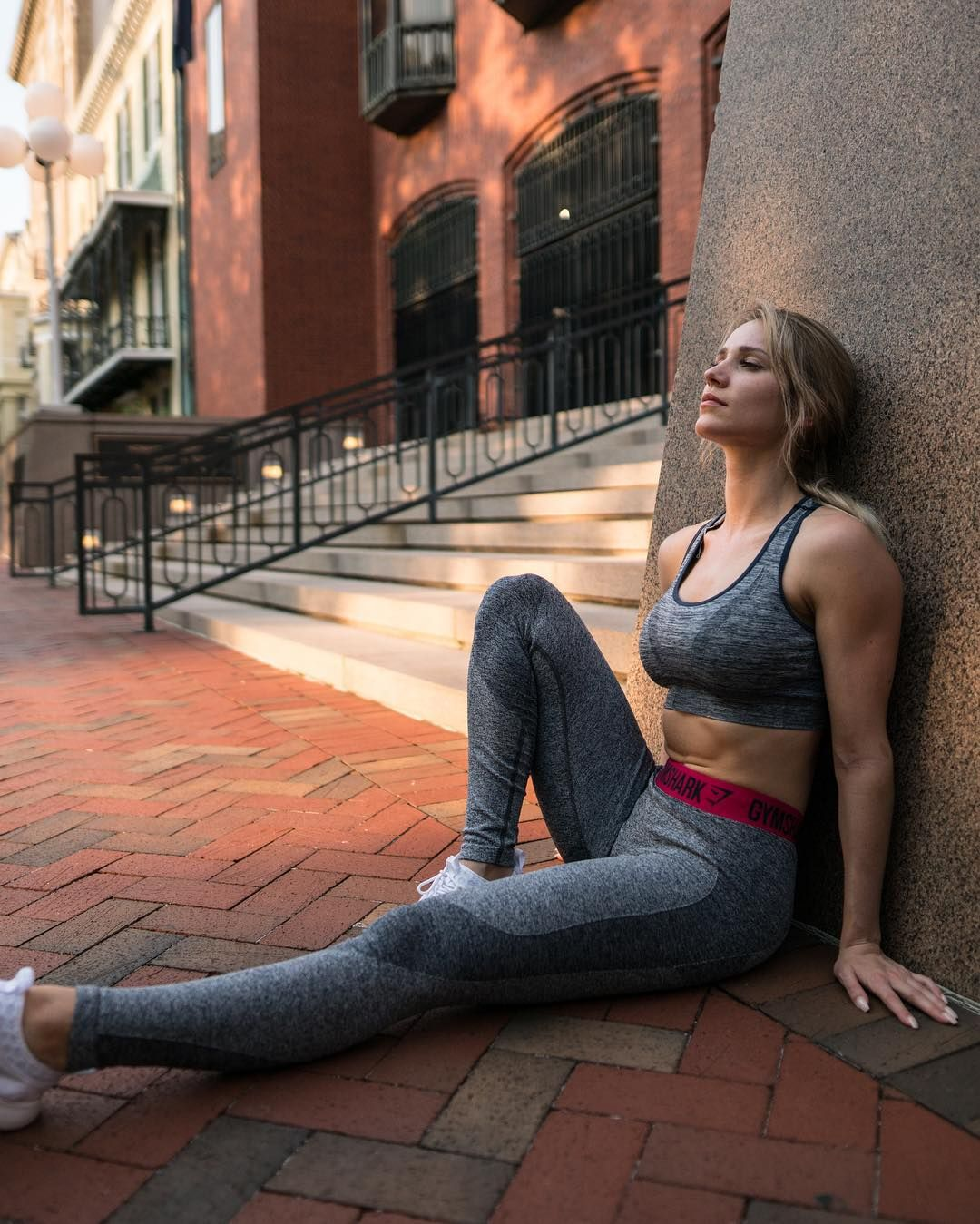 [Yoga Pants] Robin Gallant