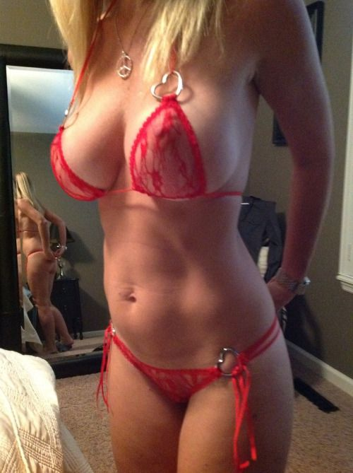 [Amateur MILF] Mom's new lingerie