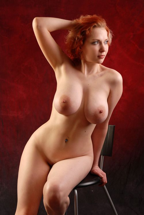 [Curvy Amateurs] She is nice and curvy