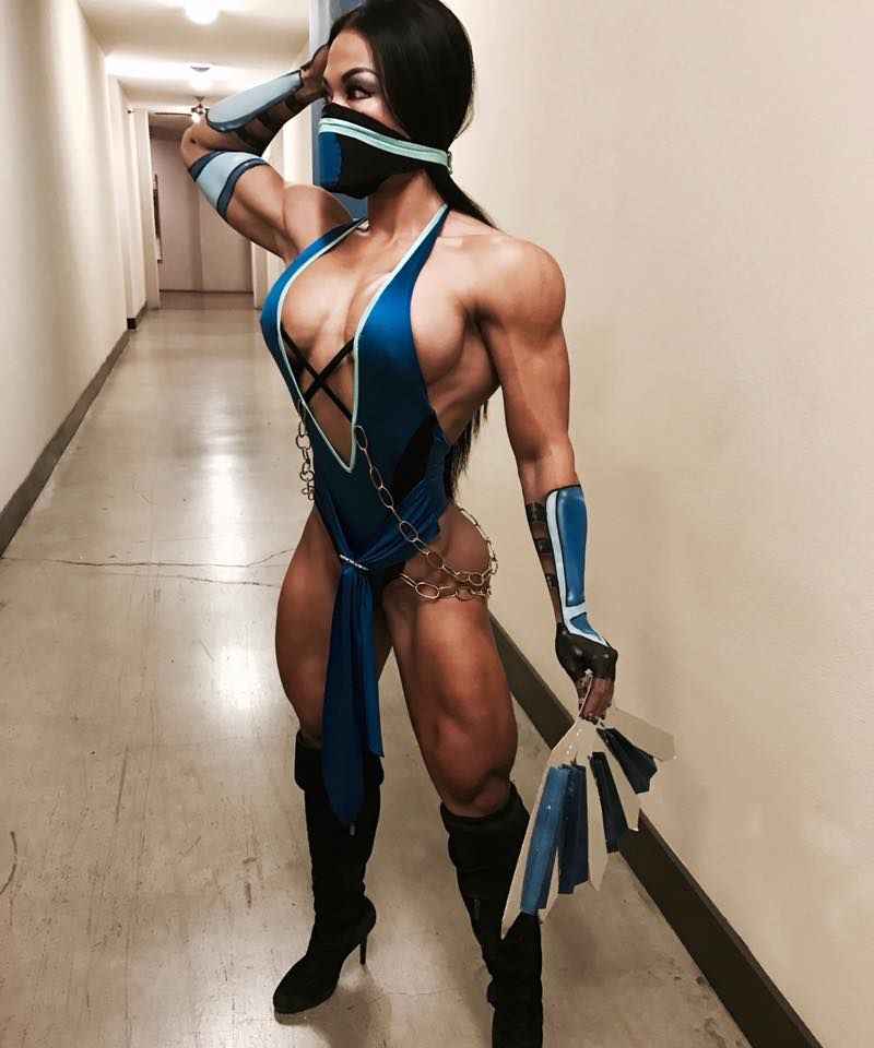 [Fit Babes] Tina Nguyen Mortal Kombat Kitana Cosplay (x-post from /r/cosplaygirls)
