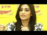 Sonam Kapoor Workout Routine, Weight Loss, Diet Plan  HD Wallpapers