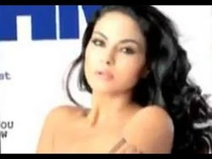 Pak minister Rahman Malik warns Veena over nude pics - Worldnews com