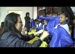 Nhóm từ thiện Mai Vàng trao 150 suất quà tại Thạch Hà