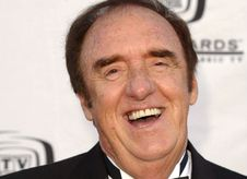 Gomer Pyle actor Jim Nabors comes out as gay, marries partner