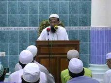 Ust Azhar Idrus Solat ; Aurat ; Lurah Punggung & Pergelangan Tangan