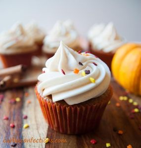 Carla's Confections: Pumpkin Spice Cupcakes with Cinnamon Cream Cheese
