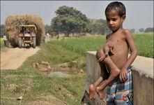 Kumar menjadi talent kepada fotografer