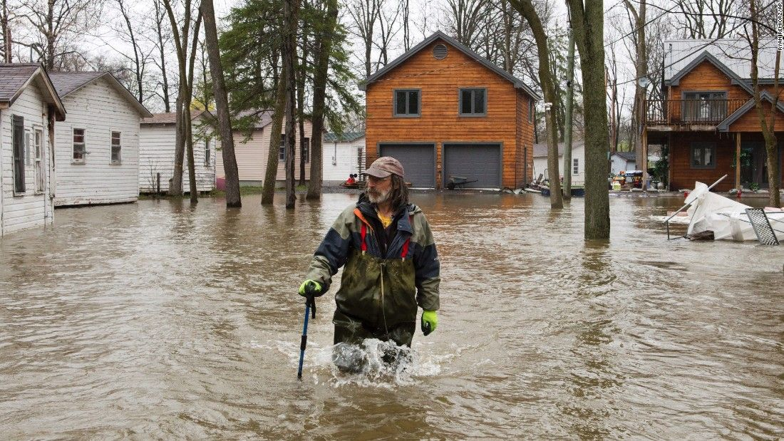 Montreal declares state of emergency over flooding