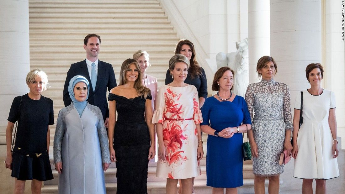 This photo of political spouses is making waves