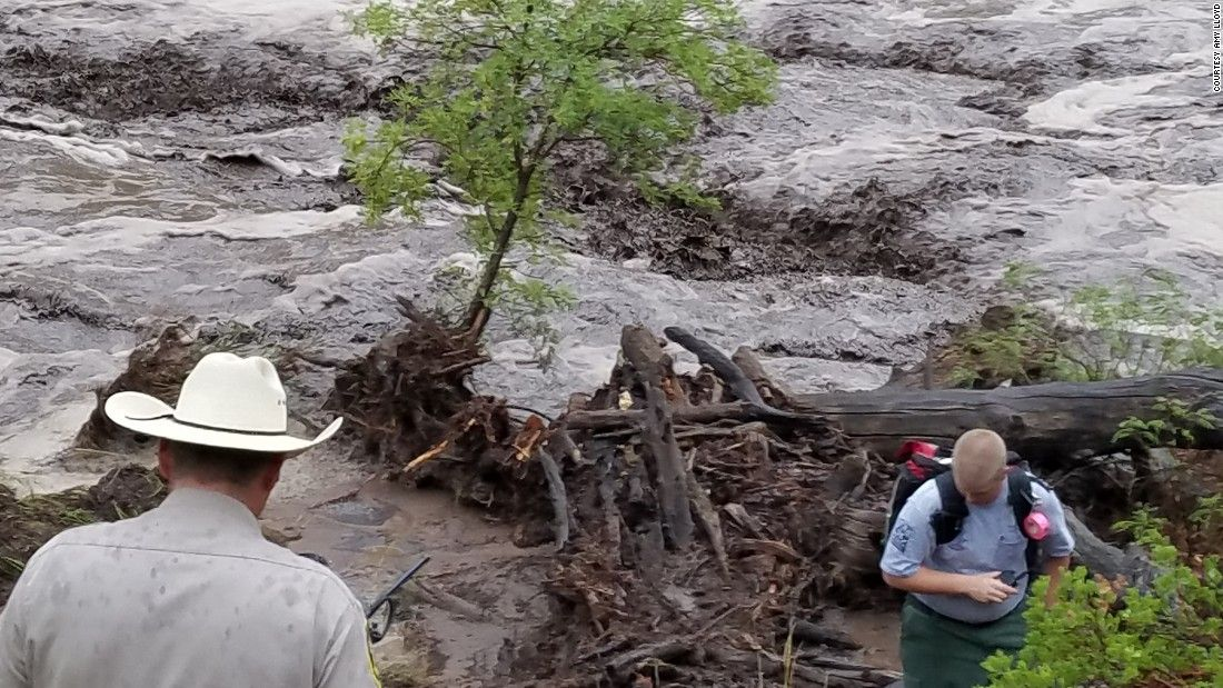 Flash flood kills 7 from family