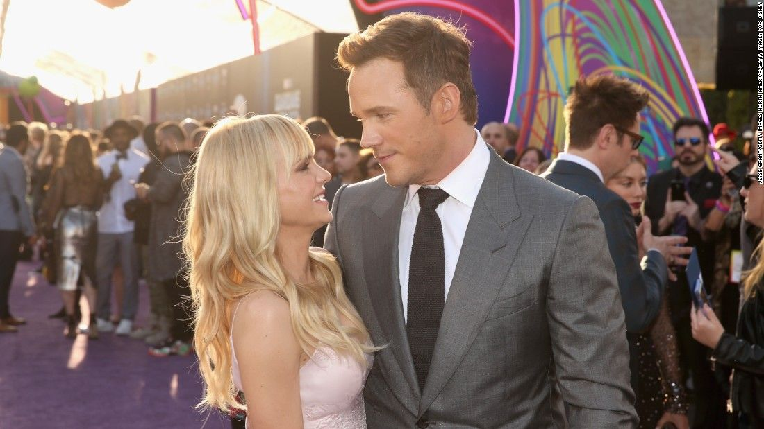 Anna Faris offers relationship advice