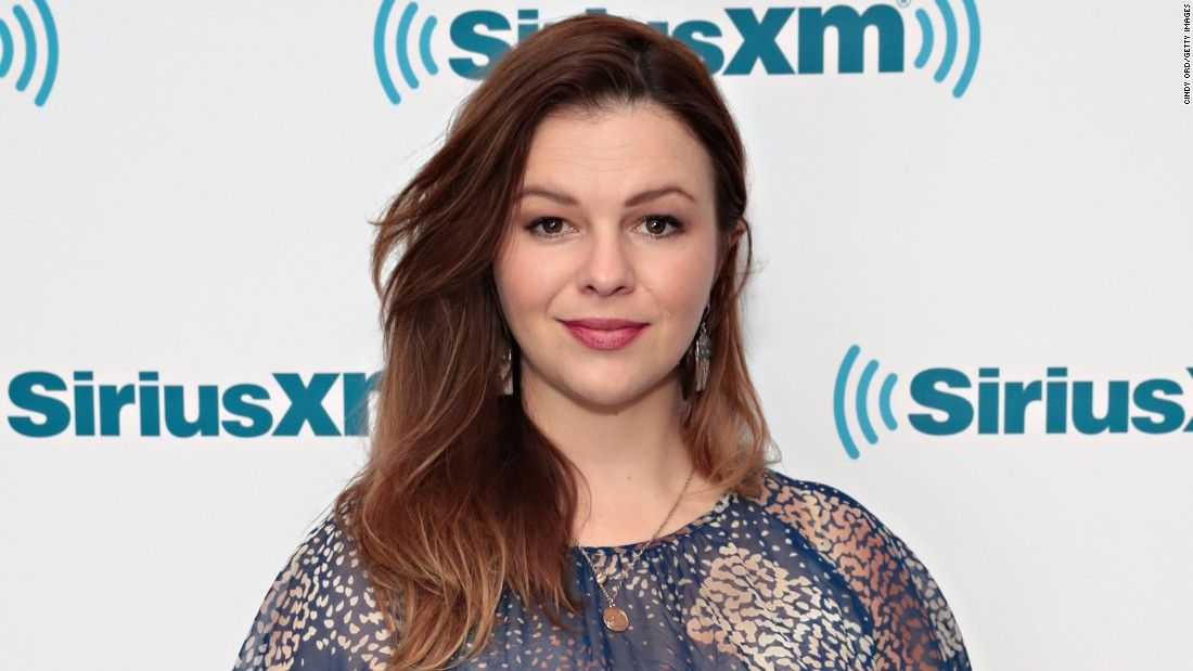 Amber Tamblyn fires back at James Woods with scathing letter after Twitter spat