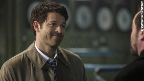 """Supernatural"" actor's international scavenger hunt closes out wacky week of doing good"