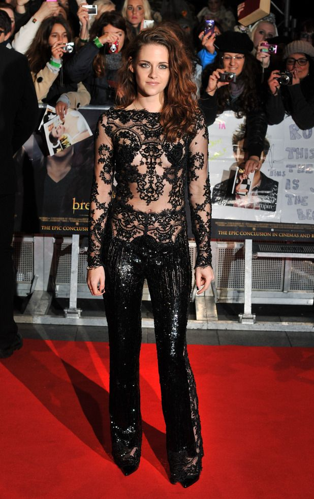 Kristen Stewart At Premiere The Twilight Saga Breaking Dawn 2 In London