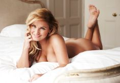 TOWIE's Sam Faiers poses nude: 'I've never been selfconscious