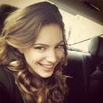 kelly brook, selfie, celebriting instagram, posing, twitter