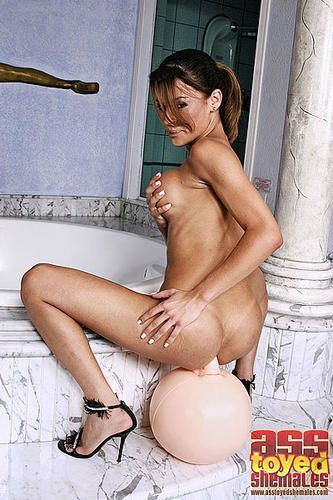 Kamila Smith Solo 2