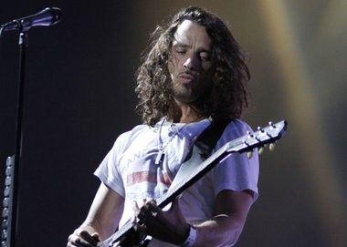 Private funeral set for singer Chris Cornell after suicide in Detroit - MLive.com