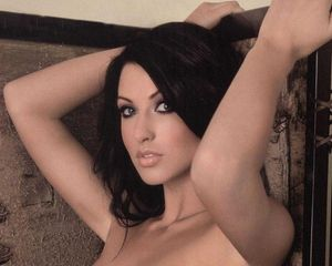 Alice Goodwin wallpaper 1280x1024