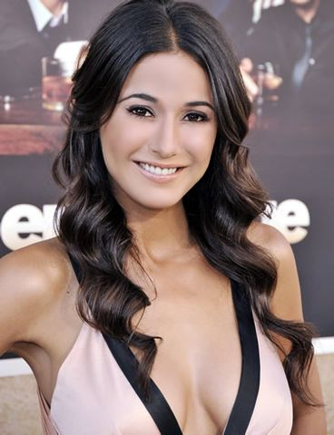 Emmanuelle Chriqui Picture 10 - AskMen