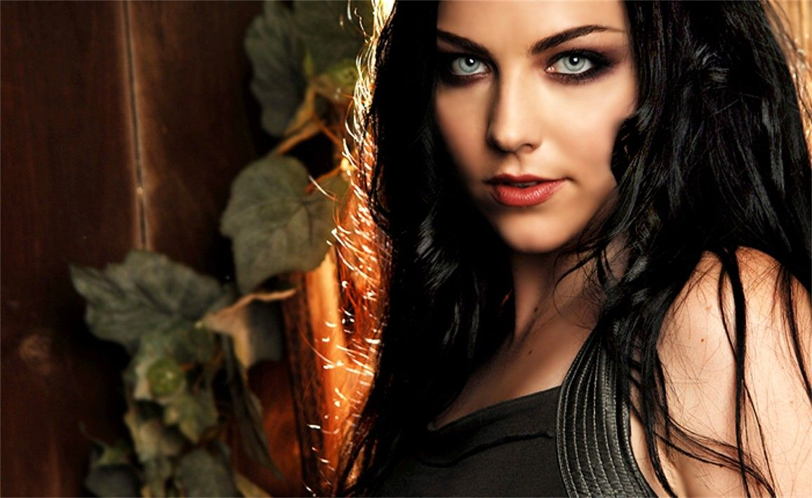 Amy Lee Picture Naked