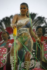 Brazilian Nude Carnival Queen Viviane Castro, Body paints Obama on Her