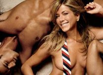 Jennifer Aniston Naked, Joking JoliePitts In GQ  PHOTOS