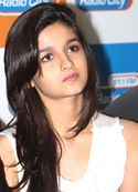 Alia Bhatt Playing Lead Role In Her New Bollywood Movie Student Of The