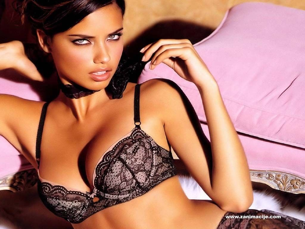 Sexy Adriana In Stockings