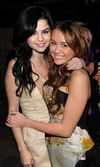 Photos Miley And Selena Together!  mileycyrusvsselenagomez Photo