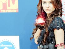 Miley Cyrus  Miley Cyrus Wallpaper (11304949)  Fanpop fanclubs
