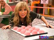 iToe Fat Cakes  iCarly Wiki