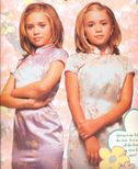 1999/2000  Calender  MaryKate & Ashley Olsen Photo (20596013