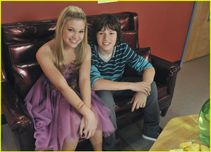 olivia holt �Ricky Weaver� new episode on kickin' it