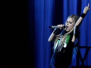 avril lavigne goodbye lullaby wallpaper lady gaga the fame girth