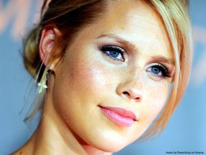 Claire Holt Wallpaper - Claire Holt Wallpaper (29421712) - Fanpop