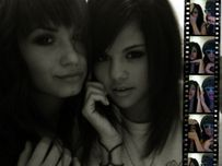 selena and demi  Selena Gomez and Demi Lovato Photo (31487408