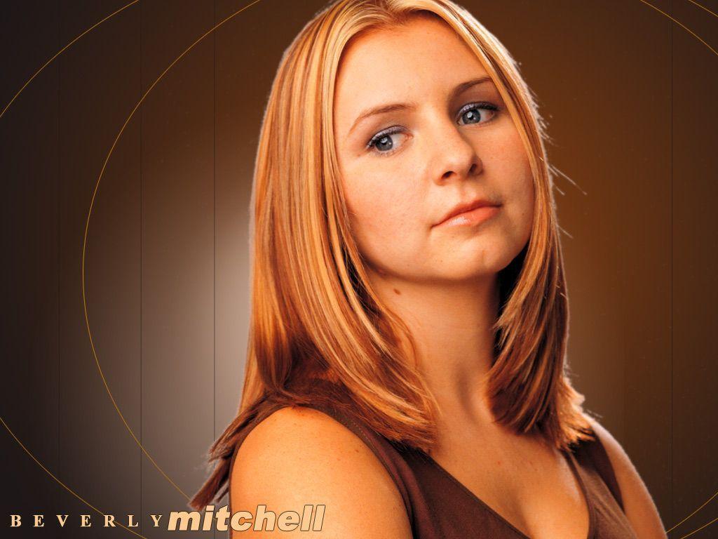 Beverly Mitchell Nackt