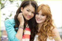 Bella & Zendaya  Bella Thorne Photo (34879385)  Fanpop fanclubs