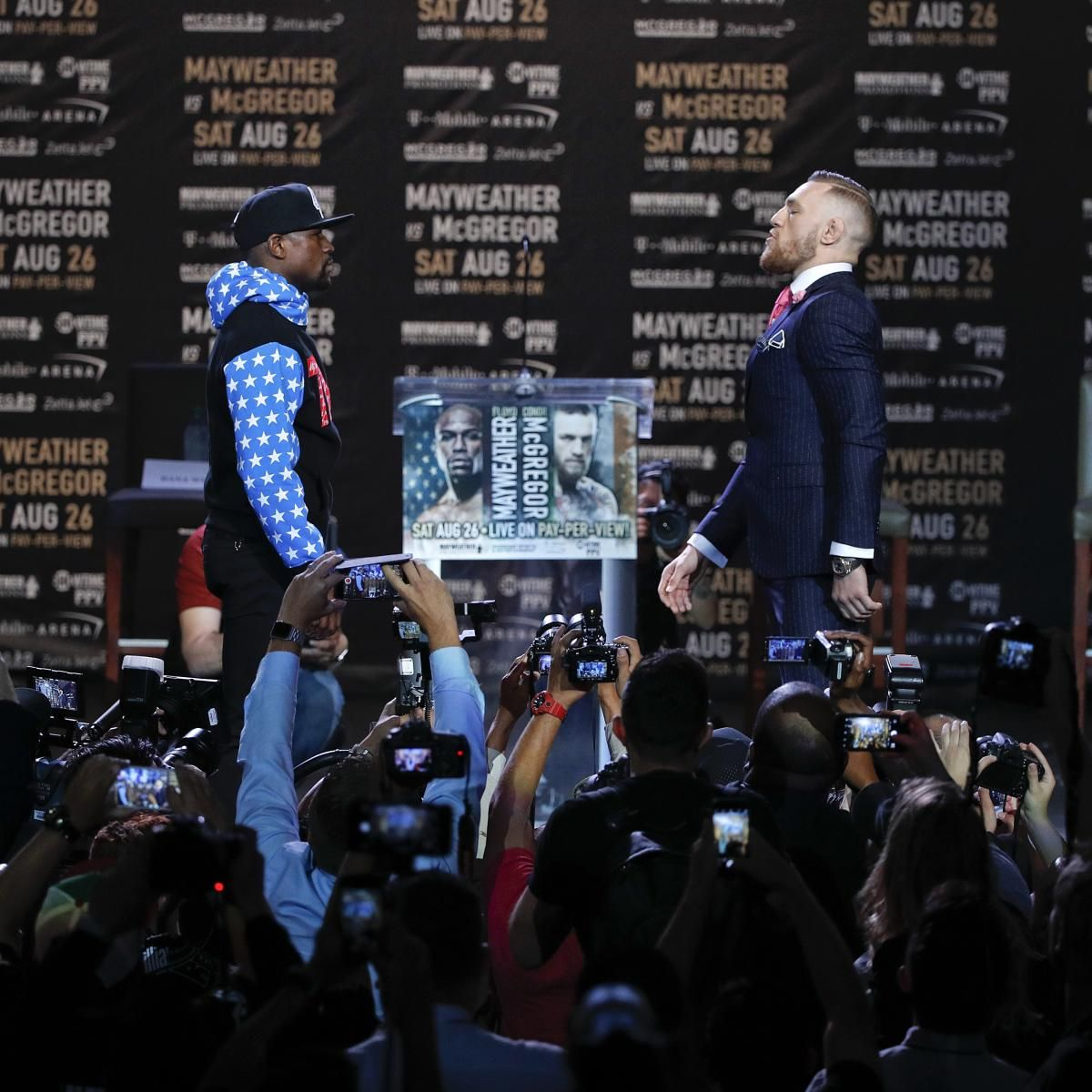Floyd Mayweather, Conor McGregor Talk Trash at Presser; Notorious Predicts KO - Bleacher Report