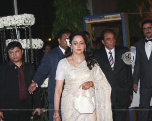 Nude Hema Malini Photo Picture Image And Wallpaper Download - Rainpow