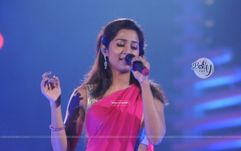 shreya ghosal in the show music ka maha muqqabla