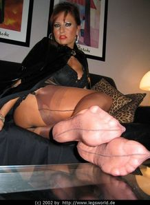Lady Barbara - Pretty Nylon Feet !!! - The Paradise Of Feet
