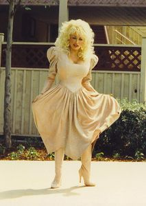 Anyone for a Dolly Parton candid?