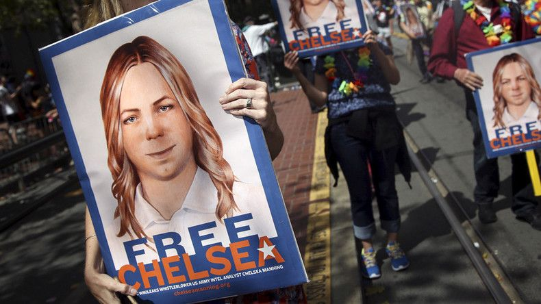 Watch Chelsea Manning release as it happens (LIVE VIDEO)