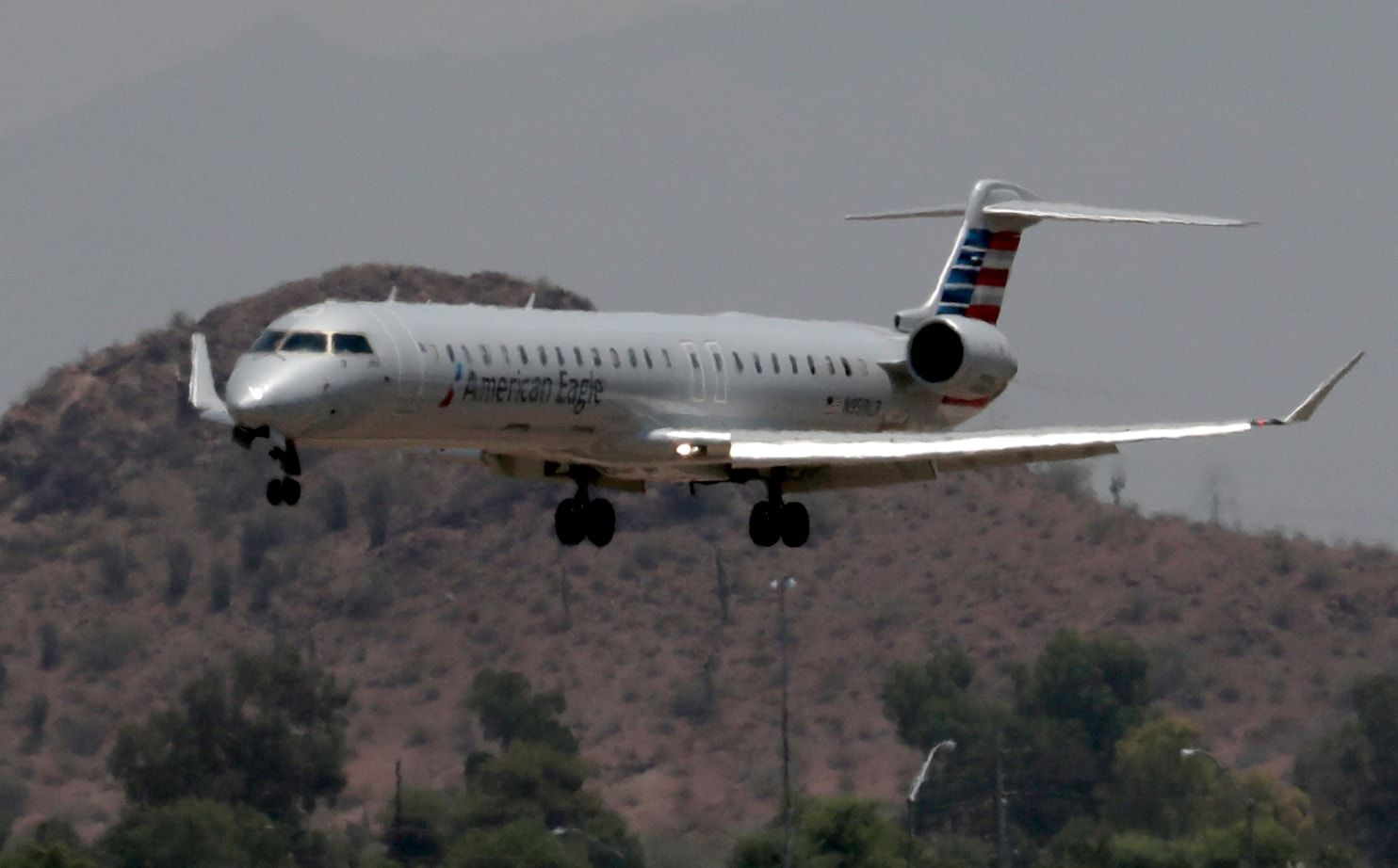 It's so hot in Phoenix that airplanes can't fly
